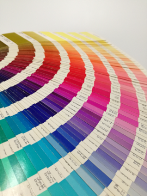 colour-book-1-bXBAk1
